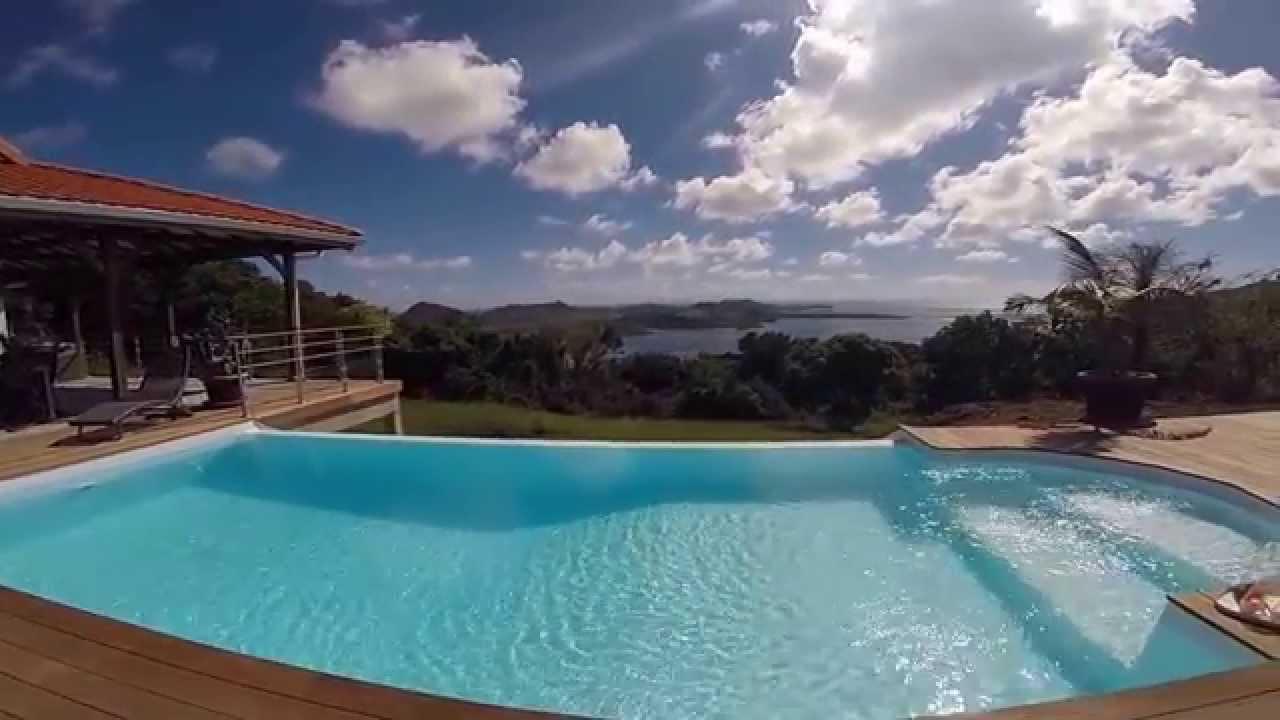 Location martinique vacances for Bungalow martinique avec piscine pas cher
