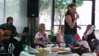 Video Los quince de Florita download MP3, 3GP, MP4, WEBM, AVI, FLV November 2017