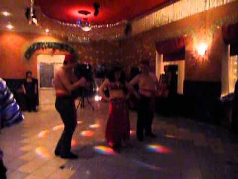 Парни сексуально танцуют фото 4-294