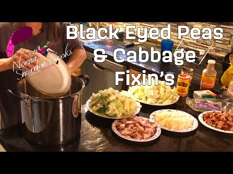 Delicious New Year's Black Eyed Peas & Cabbage (2019)