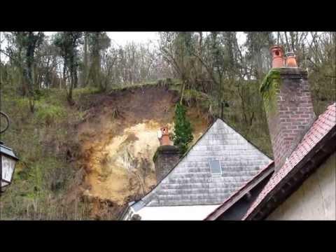 La Chartre-sur-le-Loir - Le coteau s'effondre