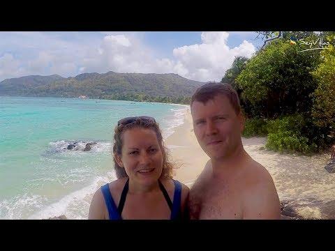 Anne und Tim an der Anse Royale (Mahé, Seychellen)