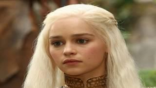 Эмилия Кларк, актриса сериала Игра престолов.
