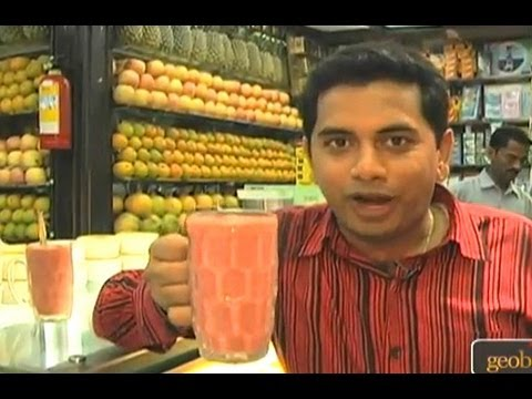 Mumbai's Haji Ali Juice Shop - India Travel