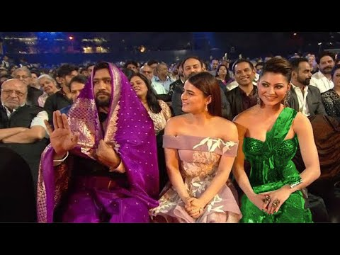 Funniest Performance Shahrukh khan 2021 Most Entertaining Performance in Award Show 2021