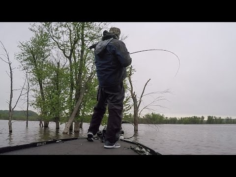 Andy Morgan Flips Up a Solid Day 2 on the Mississippi River