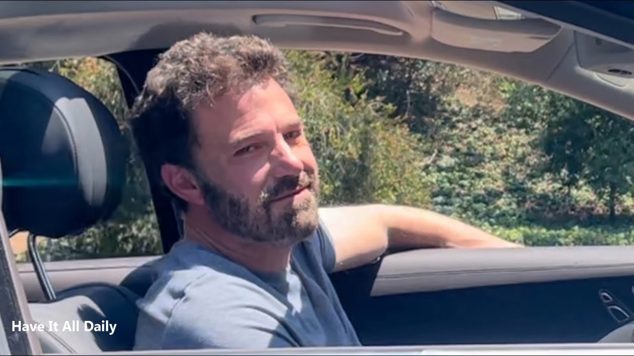 Ben Affleck Leaves Jennifer Lopez's House After Sleepover In The Morning With A Smirk