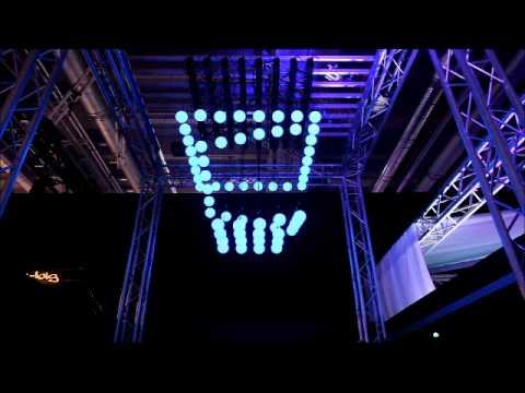 orbis fly kinetic lighting
