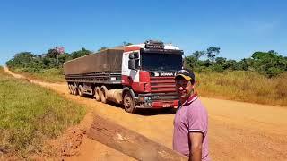 55 km de estrada de terra até Apiacas.