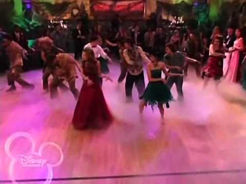 Wizards of waverly place THRILLER DANCEft MJ