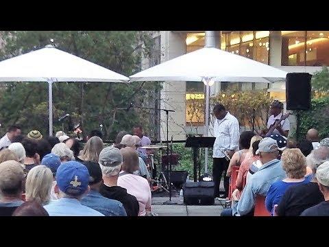 Pharez Whitted & Band - Jazz at MCA Chicago (2017)