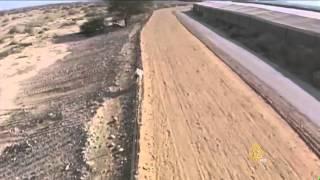 شروع إسرائيل في بناء جدار عازل مع إسرائيل