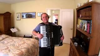 Im Munchen Steht Ein Hofbrauhaus --- Mario Muschi- Accordion