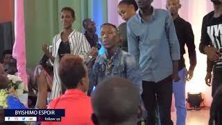 HUMURA IBYAWE YESU ARABISHOBOYE Nzamuhimbaza by KINGDOM OF GOD MINISTRIES