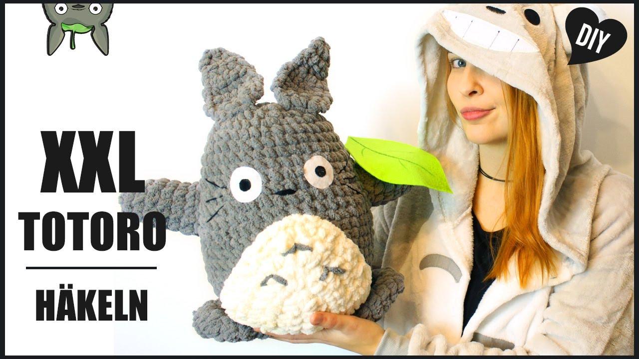 Ravelry: Pikachu Totoro Inspired pattern by Croc's Betty | 720x1280