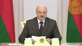 Лукашенко: в Беларуси не стоит выбор между исключительно контрактной или срочной службой в армии