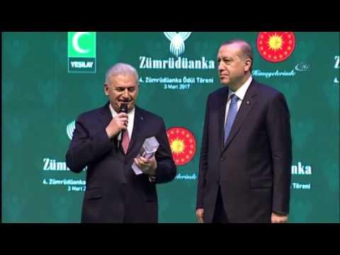 Binali Yıldırım, Ödülünü Cumhubaşkanı Erdoğan'ın Elinden Aldı
