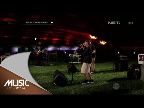 Netral - Walk This Way Feat DJ Schizo & Remon - Music Everywhere