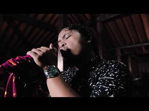Plato Ginting - Kita Duana (Live & Right)