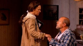 Broadway Show Clips: Bruce Willis and Laurie Metcalf in MISERY (Stephen King)