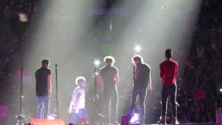 "One Direction in Concert singing ""Change My Mind"" at Mandalay Bay Las Vegas 8/3/13"