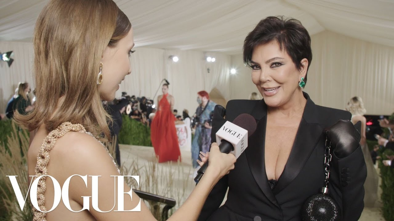 """Kris Jenner Gives Emma """"Mom Energy"""" For Her First Met   Met Gala 2021 With Emma Chamberlain   Vogue"""
