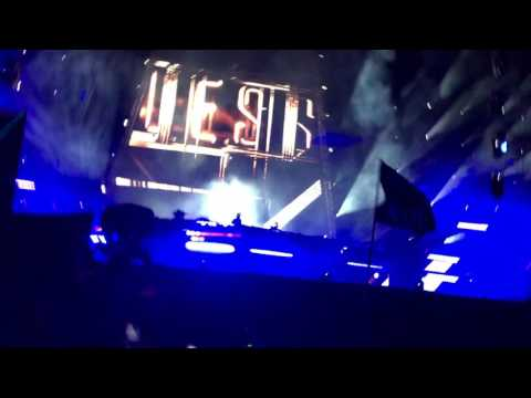 Alesso EDC Las Vegas 2017 All this love vs Titanium
