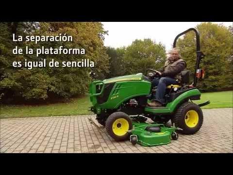 John Deere - Tractor Compacto 1026R, plataforma de corte