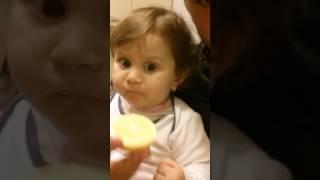 Sweet baby. Elay limon yeyir