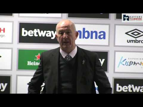 Pulis 'disgusted' by Stoke treatment