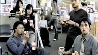 던킨 커피와 도넛츠가 만났을 때 일어나는 기묘한 현상. 던킨 도너츠의 ...
