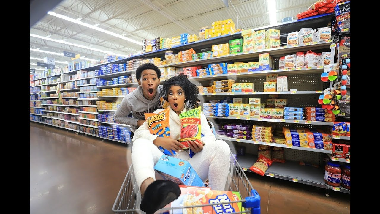 crazy-grocery-shopping-with-dk4l-vlogmas-day-6