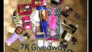 7K Beauty Giveaway: Nicole Lee Roxbury Handbag & More Thumbnail