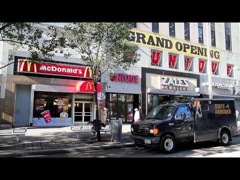 ^MuniNYC - Hoyt Street & Fulton Mall (Downtown, Brooklyn 11201)