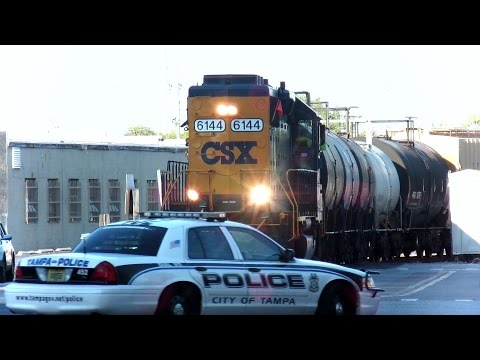 CSX Street Runner Train Blows Horn Over 100 Times Through City