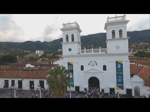 Moto Destino Español de YouTube · Duración:  2 minutos 26 segundos