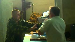 драка на складе РЫЖИЙ против Начальника.