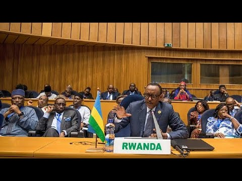 Kagame takes over AU leadership, commits to visa-free regime