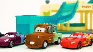 बच्चों के लिए रंग बदलते डिज्नी कारें सीखना - रेस डे मज़ा