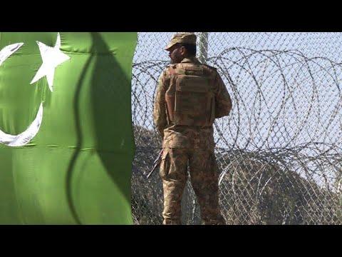 Le Pakistan érige une clôture le long de la frontière afghane