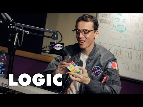 Logic shows BIGVON how to solve a speed Rubik's cube