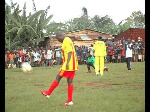 Pierre Nkurunziza dans Halleluya FC