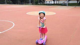 видео детский электросамокат
