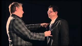 Apollo Robbins, The Master Pickpocket  Tricks of the Trade