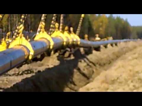 укладка газопровода в траншею.mp4