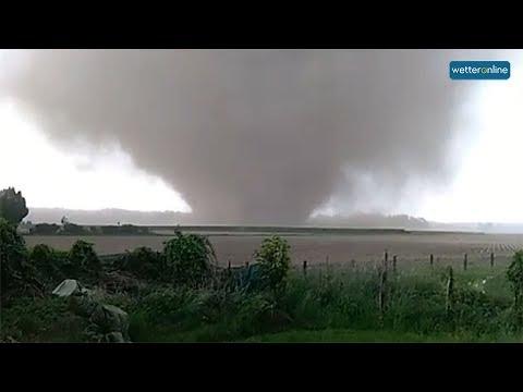Tornado bei Viersen in voller Länge (16.05.2018)