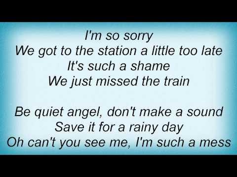 Kelly Clarkson - Just Missed The Train Lyrics