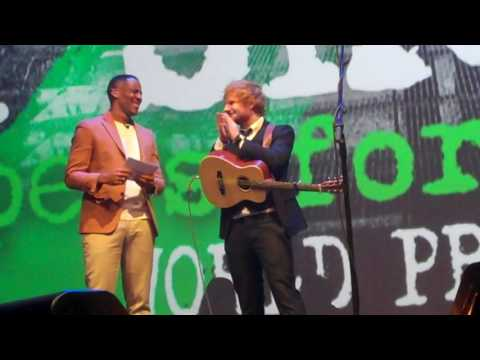 Ed Sheeran s performance & Q & A in full @ The Jumpers for Goalposts premiere 22/10/16