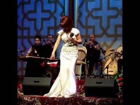 Download Elnare Abdullayeva Super yeni kansert (26.03.2016)