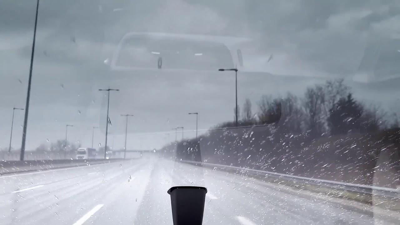 Wie kann man bei Regen ohne Scheibenwischer fahren?